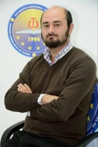 Arlind Farizi