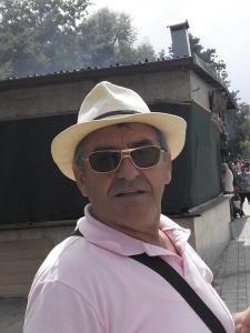 pullumb Ahmeti